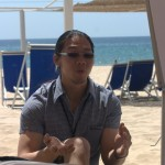 "Patrick Kua hosting ""is there a Kanban Divide?"" Open Space session on the beach"